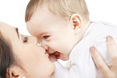 赤ちゃんとママ 写真